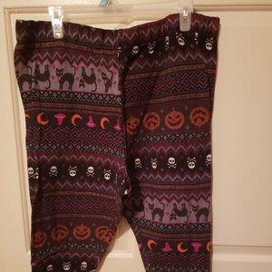 Halloween is coming!!! Comfy leggings